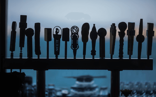 Beers on tap with an ocean view